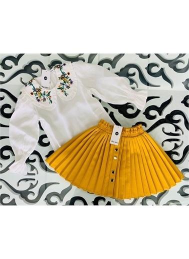 Hilal Akıncı Kids Kiz Çocuk Nakiş Yaka Detayli Bluz Renklı Pılıselı Etek Ikılı Takim Sarı